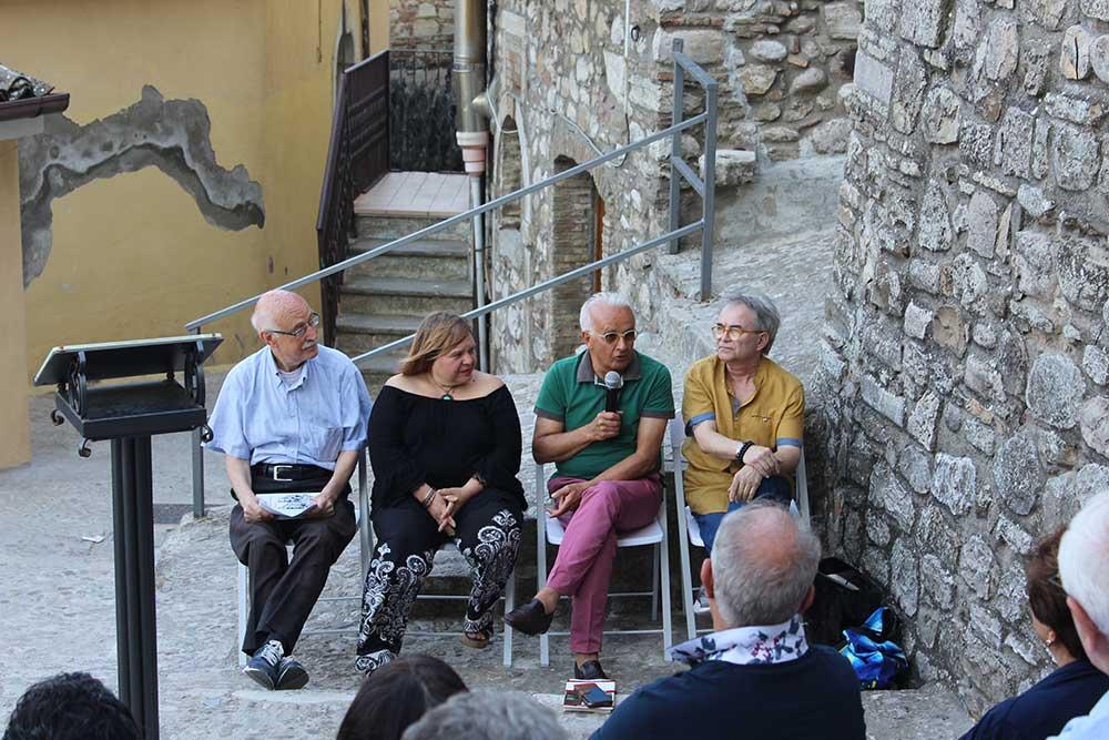 Presentazione Libro: Grazia Mazzeo - La realtà dietro l'angolo - Racconti